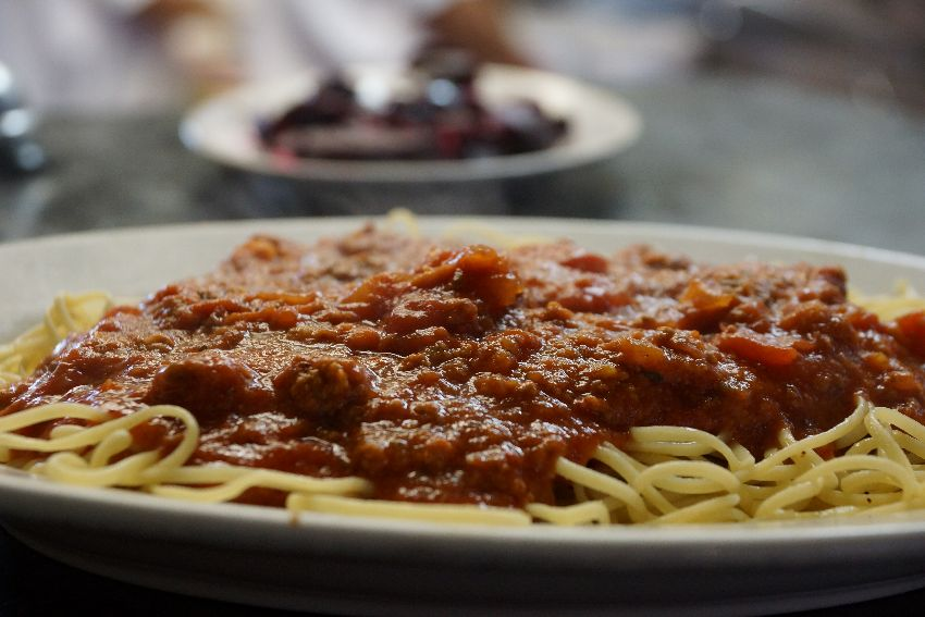 taverna kyclades traditional greek spaghetti with meat sauce